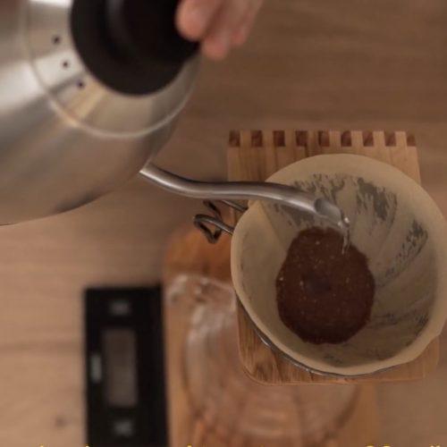 tutoriel café méthode douce avec la V60 par Aziz du Baolab café